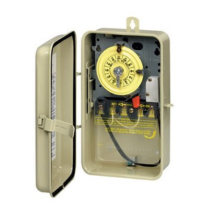Intermatic T100 Series Time Switch in Beige Steel Case with Heater Protection & SPST Swtich